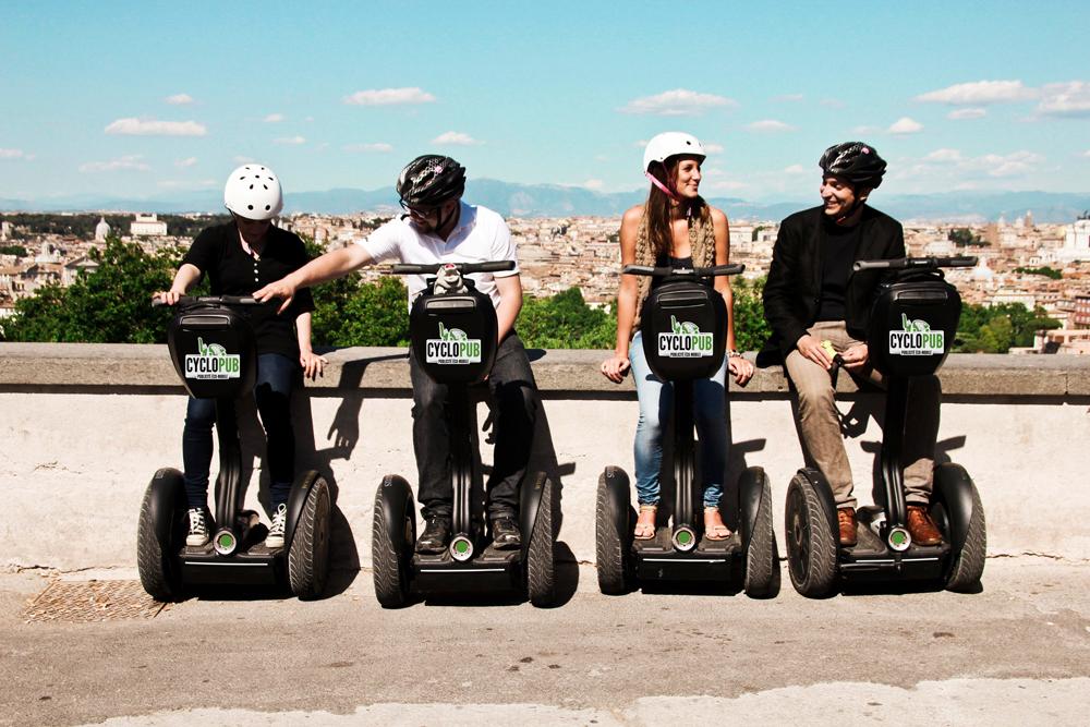 Cyclo-vélo-taxi-gyropode-balade-Aix-gyropode-original